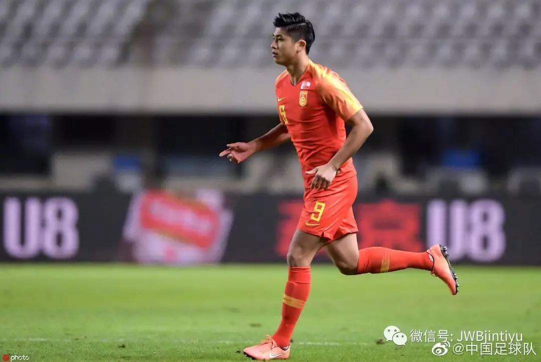 阿不都伤退俞长栋挺身而出 米卡9前场板超北京全队
