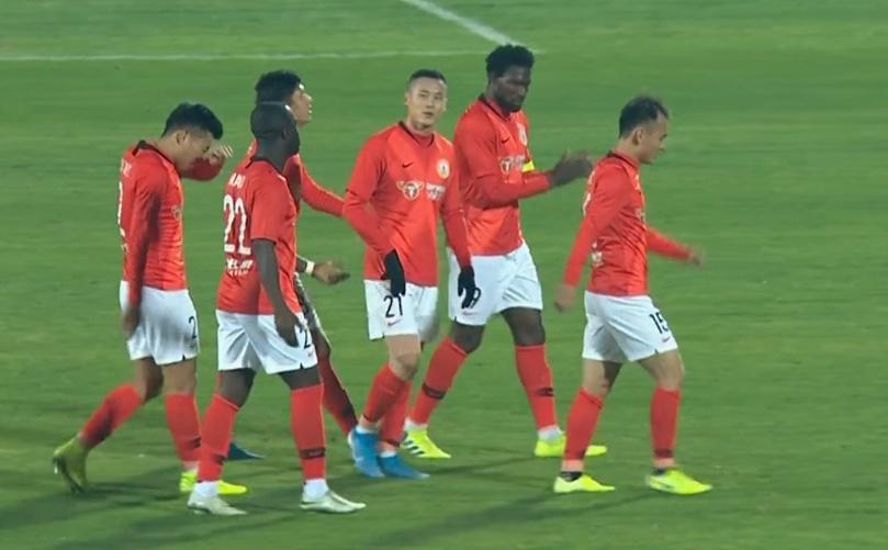 引援得力上海女排重返决赛 生死战34岁张磊夺16分