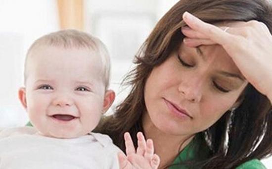 什么是产后抑郁症,产后抑郁的症状新手妈妈必看!