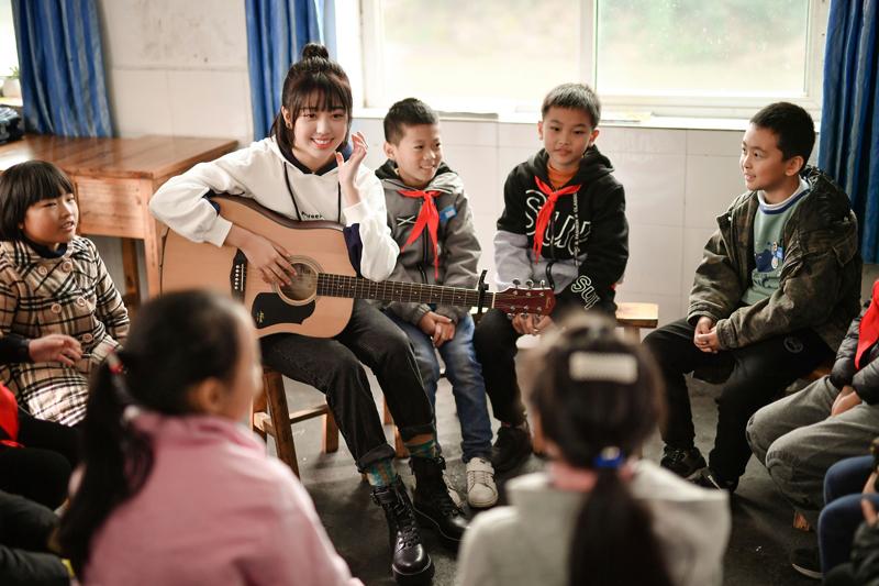 听大山在唱歌——德克士助力重庆留守青少年实现音乐梦想