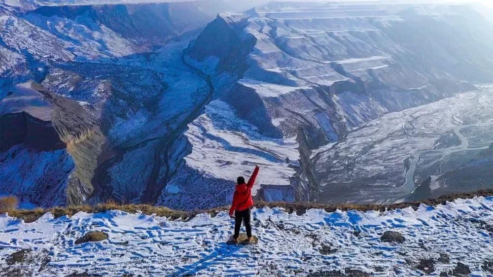 航拍新疆,俯瞰壮美天山天池,震撼!