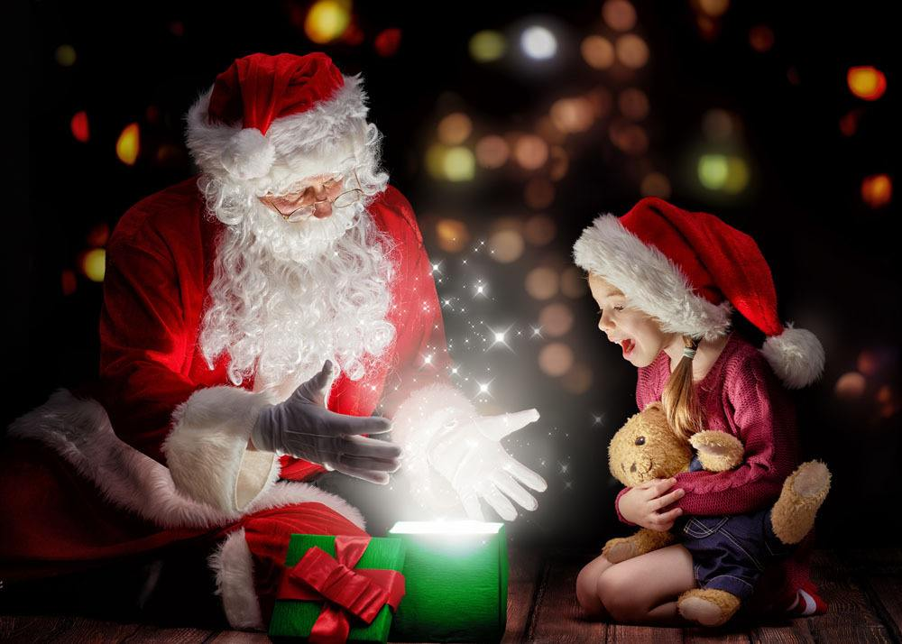 当孩子问世上是否有圣诞老人,父母这样回答会很暖!