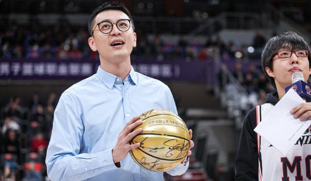 沪媒:申花新援冒生命危险救人 莫雷诺感慨救了1命