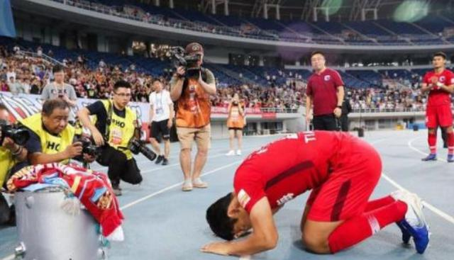 """挑战500千米超等马拉松 两男人从东莞跑步""""回家""""_Pedro Chirivella"""