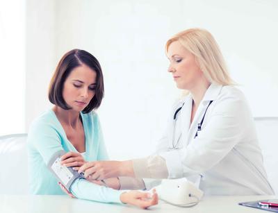 人过中年,血压正常范围应为多少?别忽视,很多人不达标
