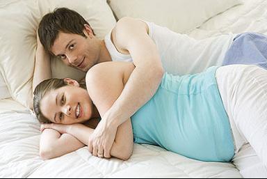"""孕期不能有""""夫妻生活""""?医生:不仅可以,对胎儿还有这些好处"""