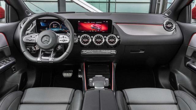2021款梅赛德斯奔驰 GLA 亮相,这个洗车功能是什么鬼?
