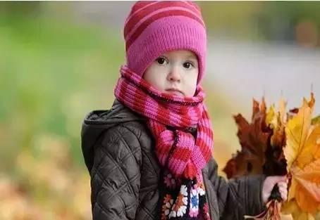 冬天太冷,很多家长让孩子这样睡,却不知影响健康和发育,有你吗