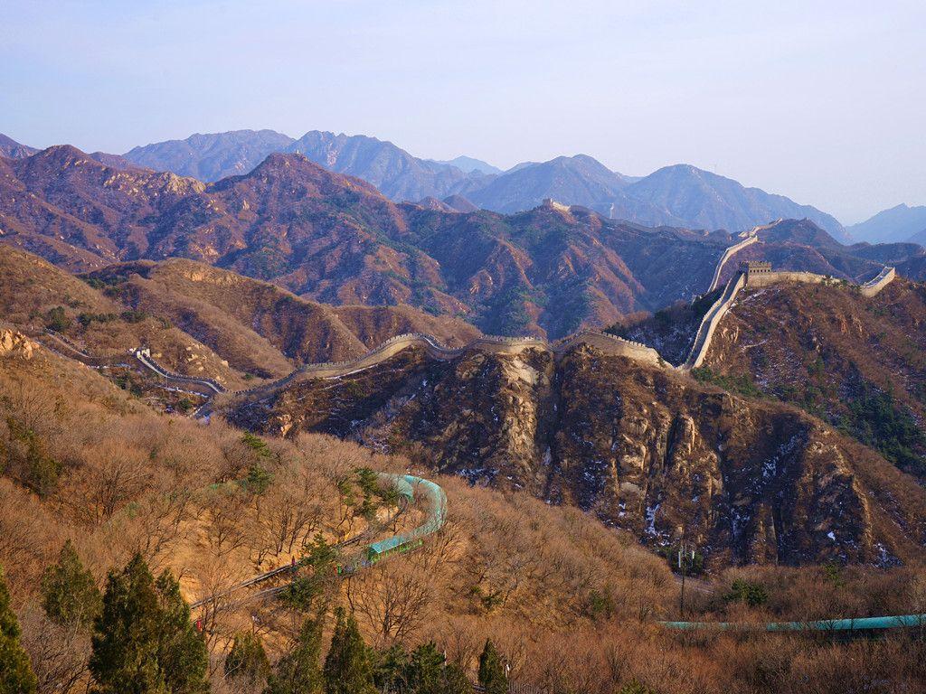 这个冬天一起坐上京张高铁,体味冰雪运动,感受万里长城魅力
