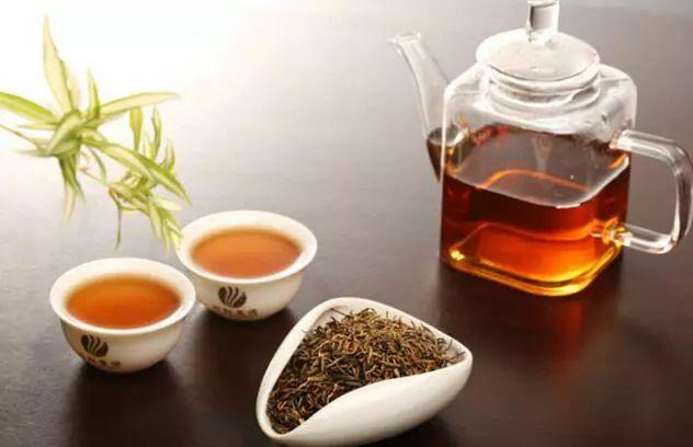 每天喝茶最佳时间,收藏!