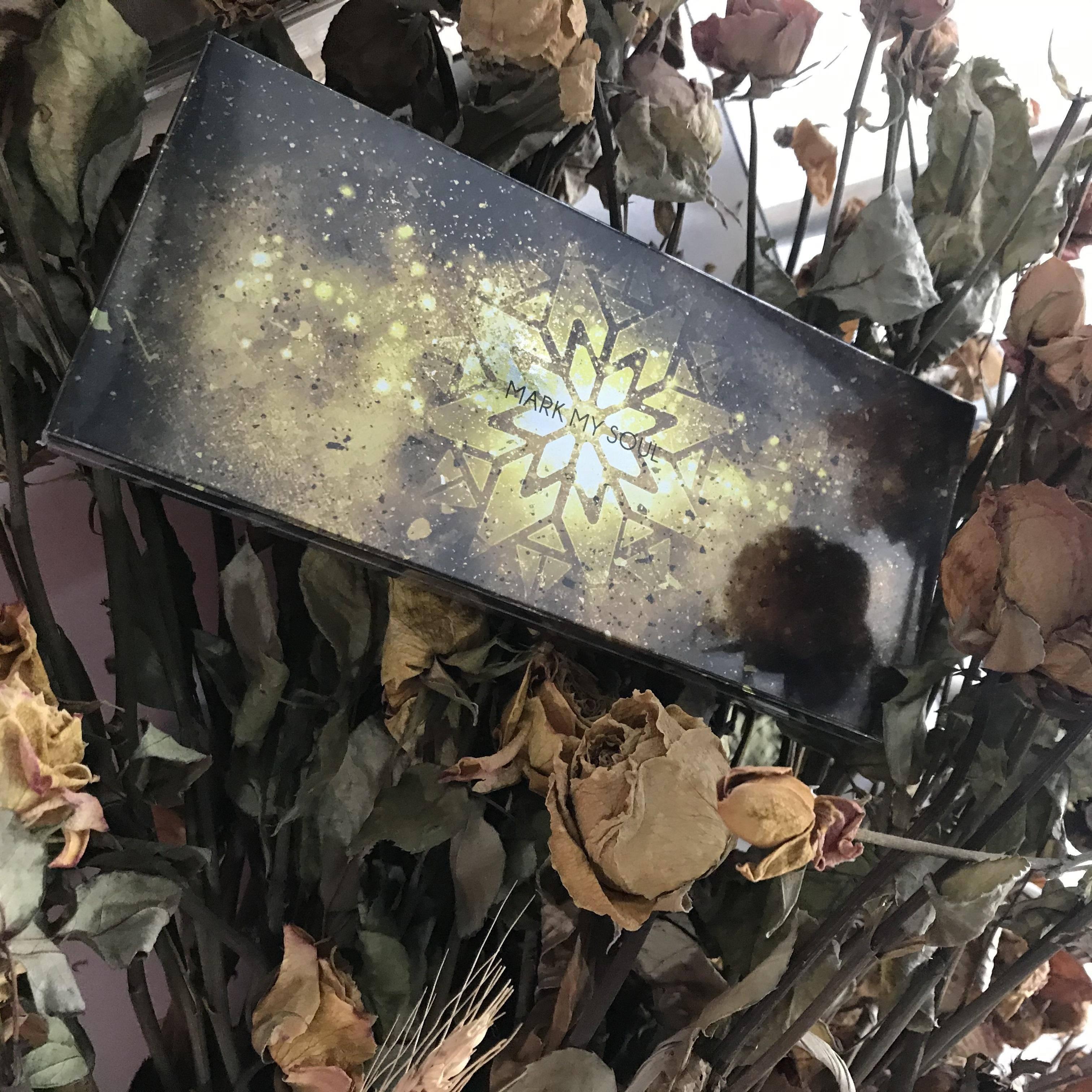 深冬的落叶色,用对了感觉人生被一键重启