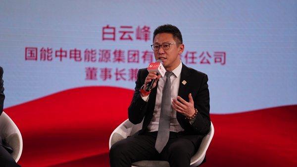 白云峰:农村脱贫必须解决基础产业建设问题