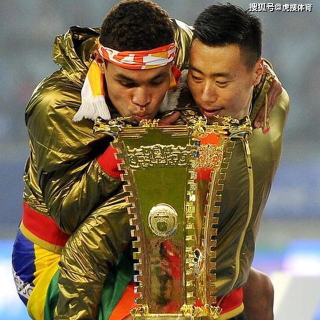 雷蒙道歉:没骂王治郅,是骂失误球,太想赢球了_北京第三场雪