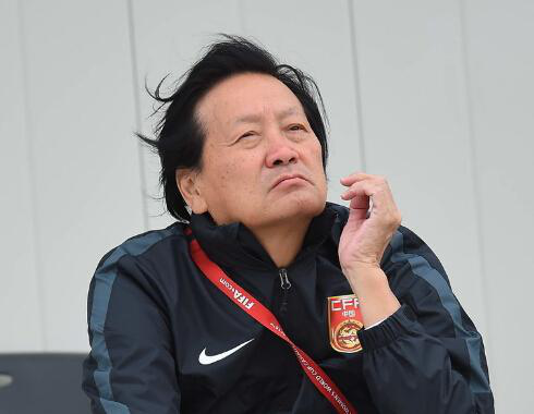杨毅:替赵继伟欢快 这段时候他终究有球权了