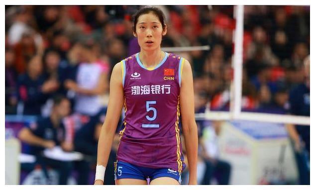 中国体育届第一人!朱婷当选新华社国际十佳,比肩梅西等9大巨星