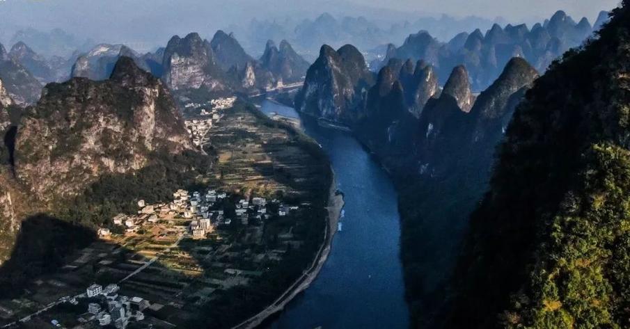 智驾游 | 水生万象,从桂林山水到贵州,与昂克旗一起遇见南疆的三个少数民族