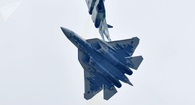 苏-57刚坠毁!俄罗斯就公布重磅消息:隐身战机交付时间再次确定