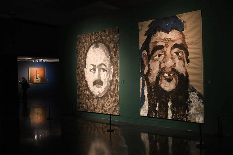 """""""上合组织""""成员国肖像画艺术展亮相清华艺术博物馆"""