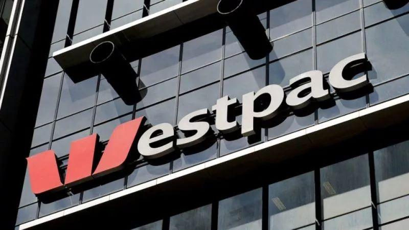 银行都能跑路了?!澳洲四大银行全年关闭300家分行和数百台ATM,上万人恐失业...