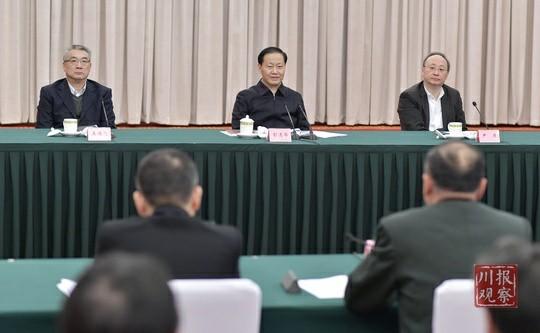 彭清华主持召开2019年省委议军会议强调 坚持党管武装 强化军地协作