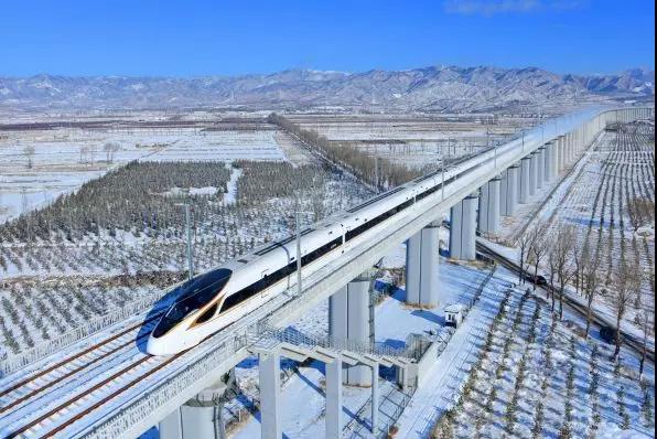京张高铁12月30日开通运营 28日18时开始售票