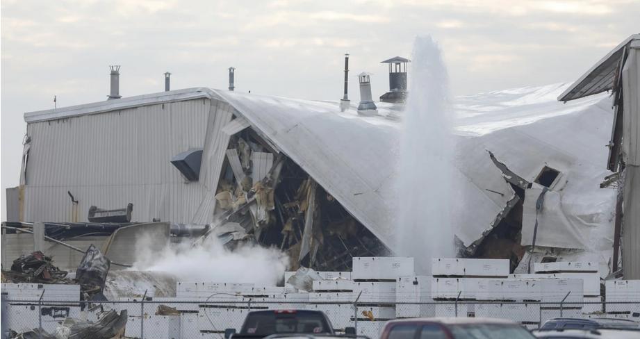 美堪萨斯州一飞机工厂发生爆炸,至少15人受伤