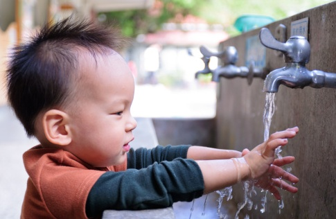 流感高发阶段,想宝宝不容易患甲流,注意事项和4个关键要重视