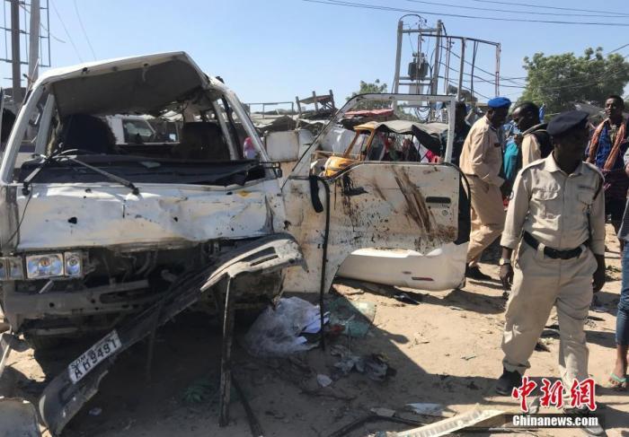 伤亡惨重!索马里再现汽车炸弹袭击 死者多为学生平民