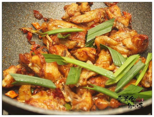 郫县美食推荐_怎么可以那么好吃的干锅鸡翅_郫县