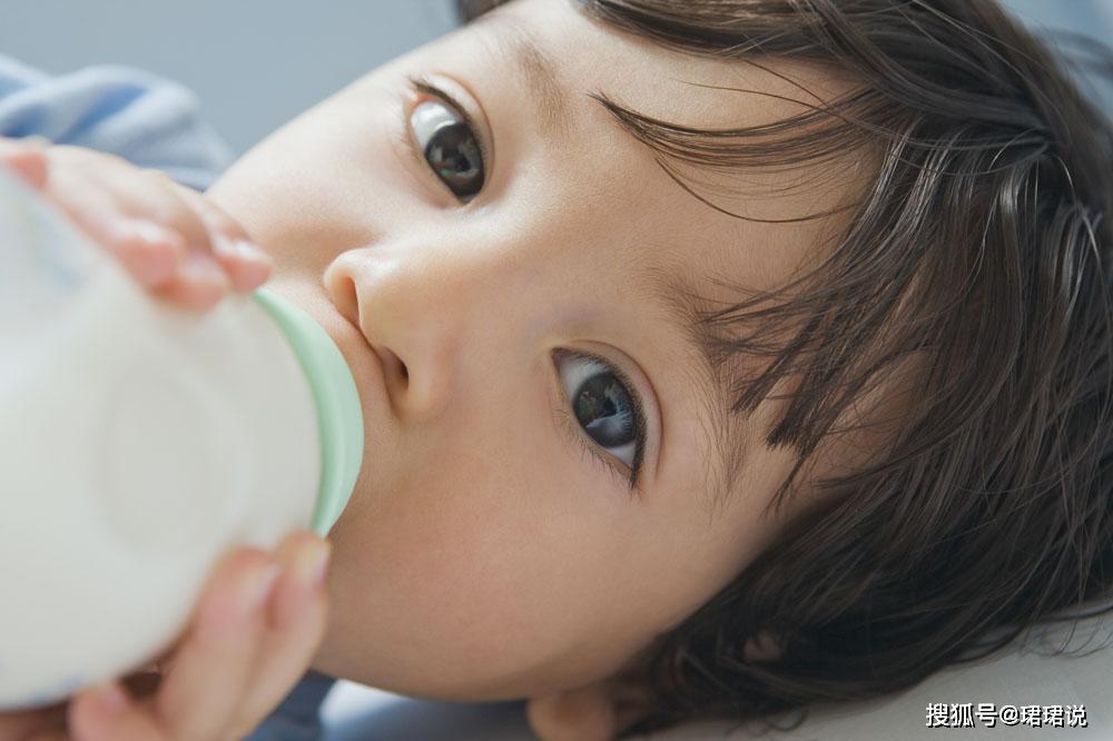 母乳喂养至宝宝多大最合适?这些你需要知道!