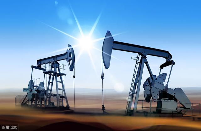 <b>油价最新消息!明晚12点,国内油价又要变了</b>
