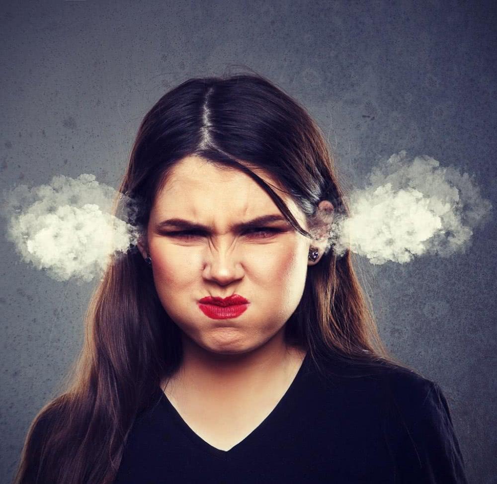 愤怒生气的美女图片 愤怒生气的女人素材 高清图片 摄影照片 寻图免费打包下载图片