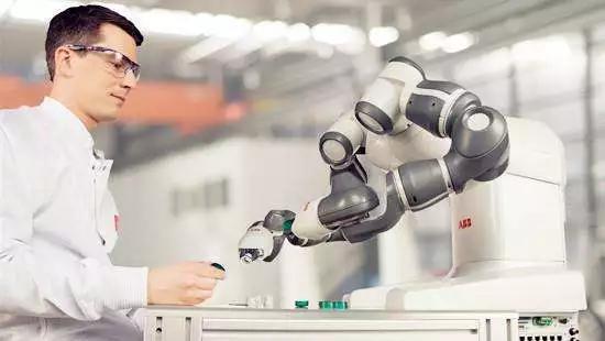 未來50億美元市場?機器人過程自動化到底有何魔力