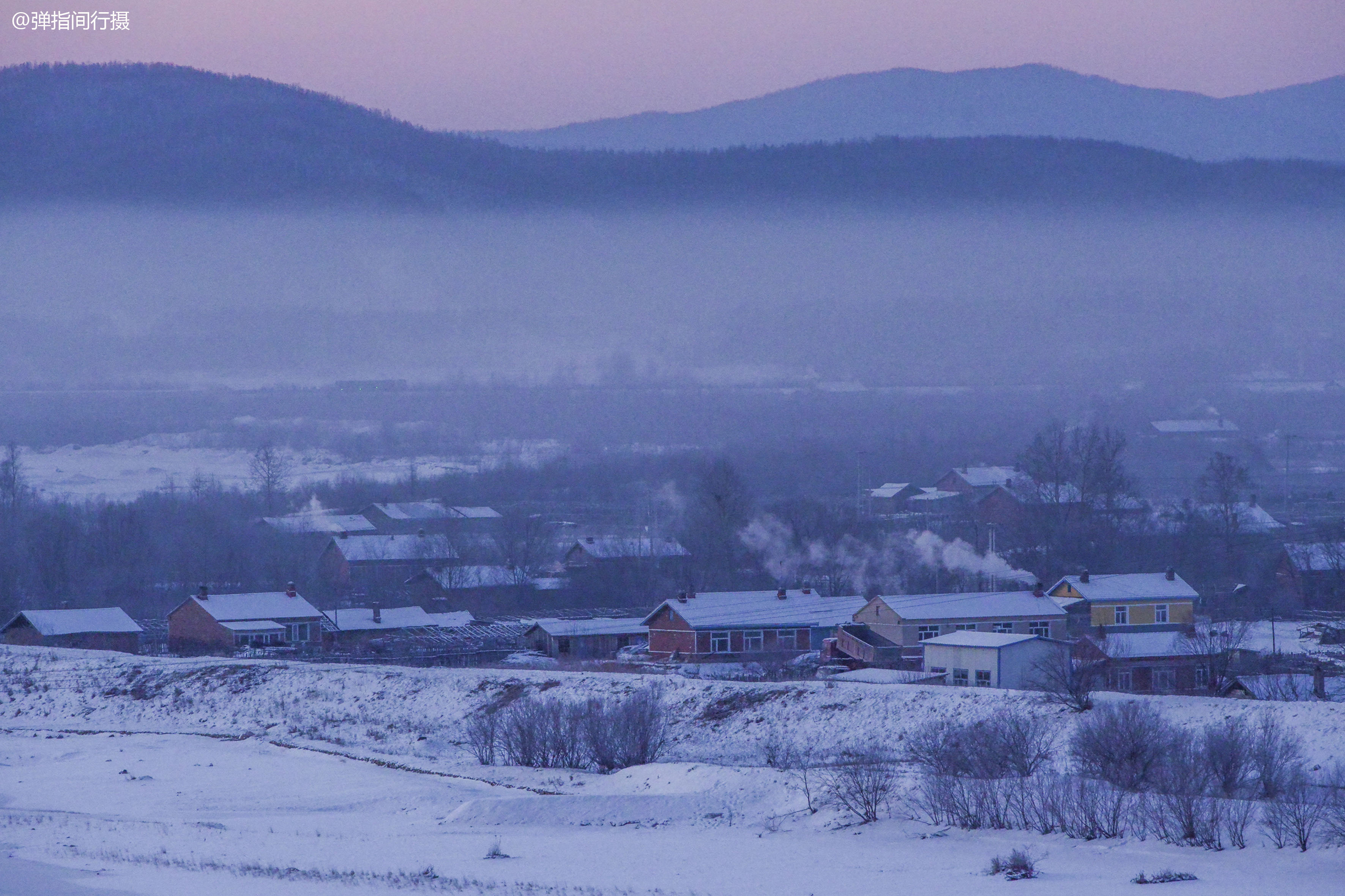 探秘零下40度的鄂伦春,邂逅冰雪日出胜景,普通村庄都美如仙境
