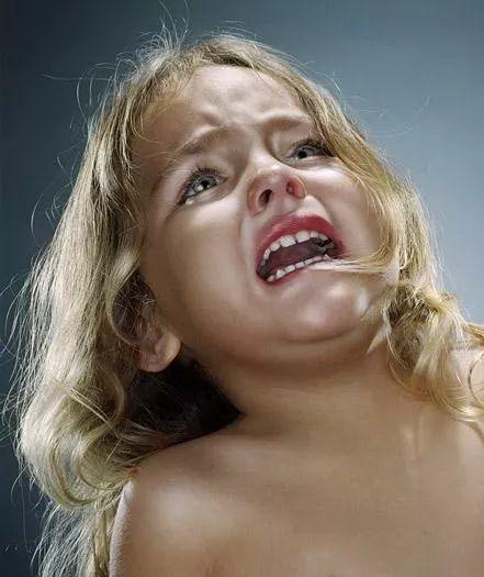 兒童多動癥的表現、原因,兒童多動癥的矯治對策