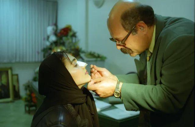 伊朗人均医生_伊朗美女