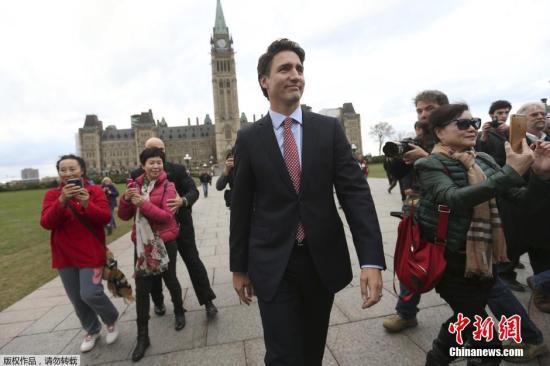 """加拿大总理特鲁多的2020:现实难免""""骨感""""_自由党"""