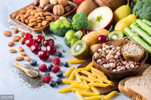 胃不好的人要少吃什么?医生:胃最怕这4类食物,养胃要记住5点