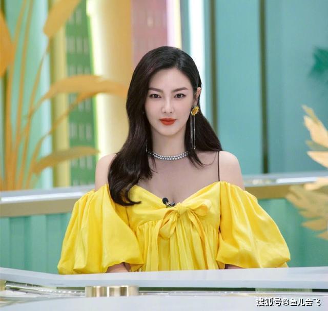 张雨绮宣布和壹心娱乐结束合作关系