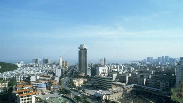 厦门人均gdp_全国唯一级别高于省会的地级市,人均GDP还是全省第一,心疼该省省...