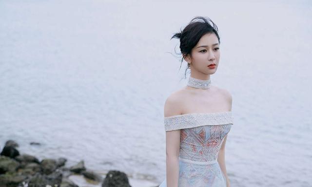 最牛的嘉宾_湖南卫视跨年晚会:王一博算亲儿子,杨紫是干闺女,零点嘉宾最牛
