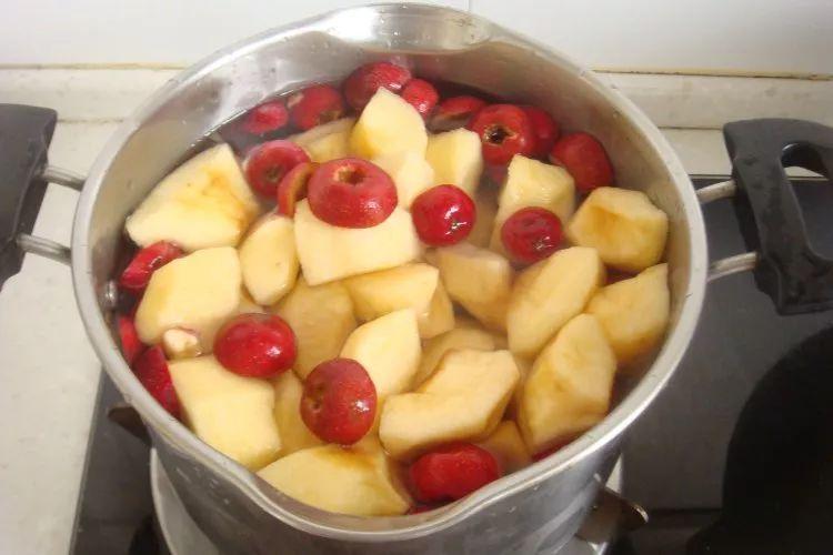 """每天吃一个煮熟的苹果,坚持7天,""""3甜头""""或会悄悄上门!"""
