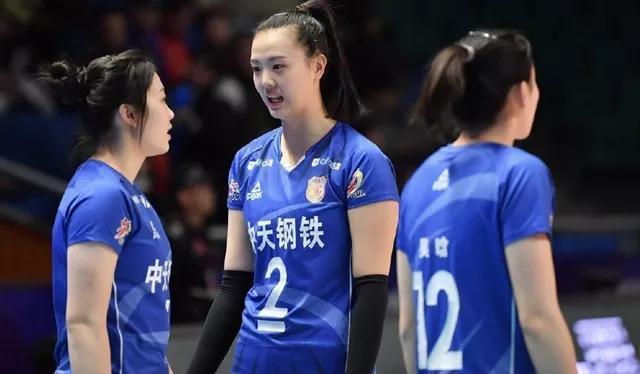 <b>发球5分全场24分!中国第二主攻以一己之力赢球,别再骂她恋爱了</b>