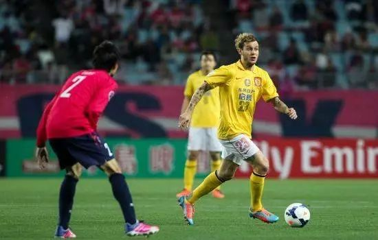 一次和日本记者的长谈,让我感受到了中国足球的悲哀