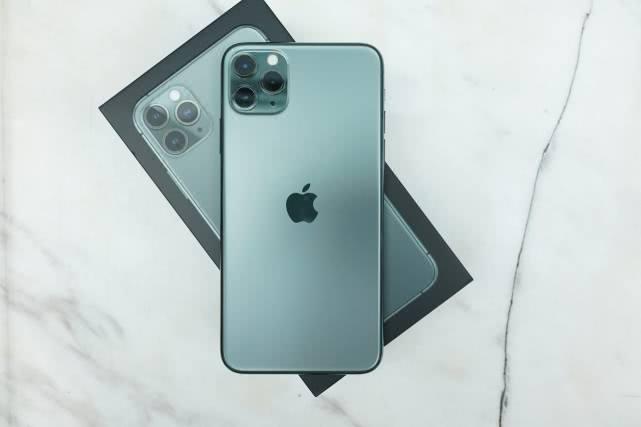 原创2019值得记住的10大智能手机:折叠屏、翻转镜头!