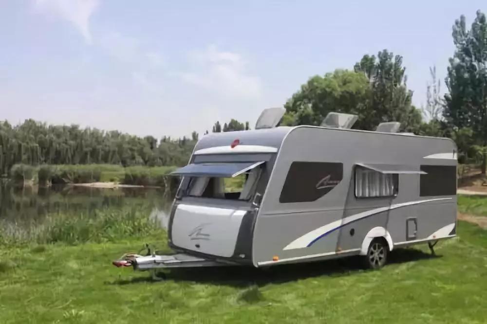 A型拖挂旅居车为什么适合创业人士呢?
