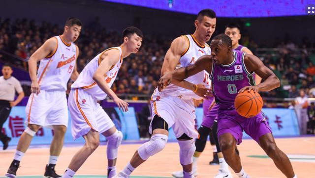 前瞻:三连胜山东对阵全华班八一,除了取胜锻炼阵容也很重要_比赛