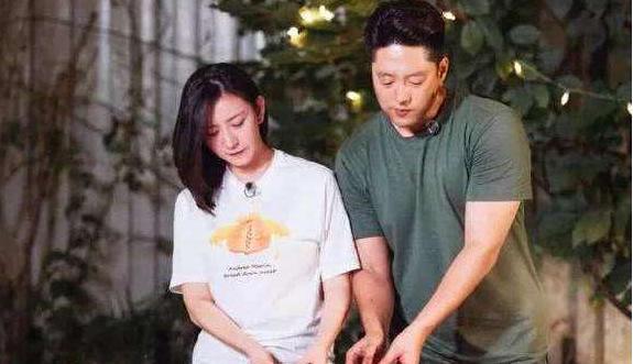 唐一菲消费《甄嬛传》和蒋欣自取其辱后删博,网友说她适合一丈红