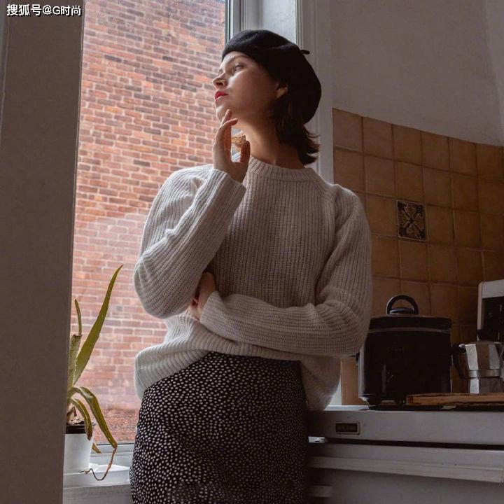 暖暖的毛衣也被时尚博主穿出简单浪漫法式风御寒又有范
