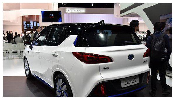 广汽新能源和ZINORO新能源汽车哪个好?ZINORO 60H配置参数介绍